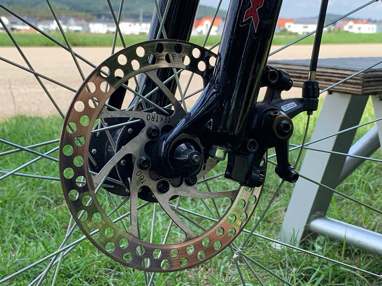 How To Center Brake On A Bike 6